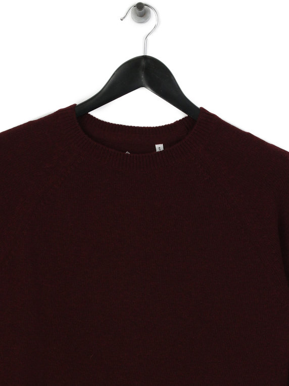 Barbour Beacon Lambswool Crew Merlot Red