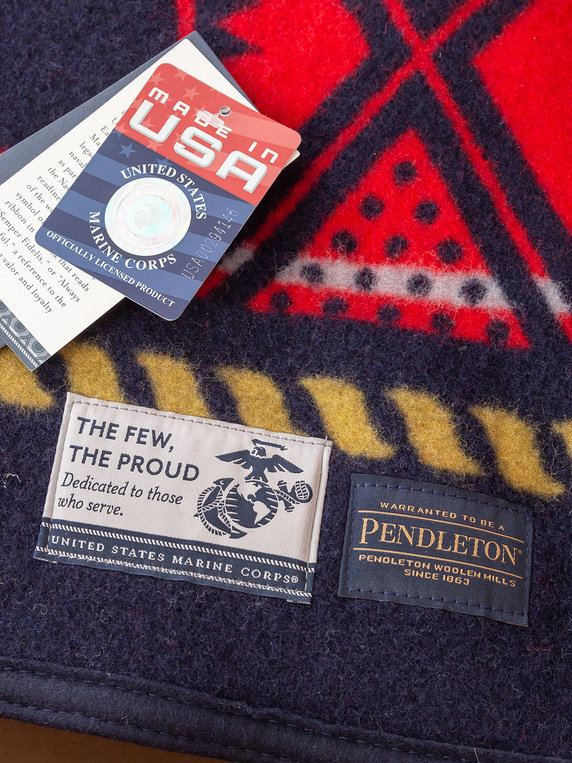 Pendleton The Few. The Proud. The Marines. Blanket Napped Multicolour