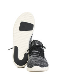 adidas x Pharrell Williams Tennis HU Primeknit Black