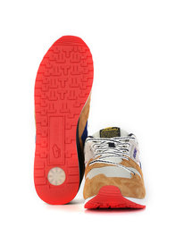 "Karhu Synchron ""Forest Treats"" Pack Brown"