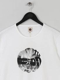 PRETTY GREEN MENS CROWD LOGO TSHIRT WHITE