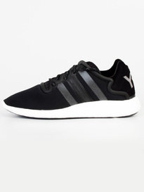 Y-3 YOHJI RUN TRAINERS BLACK