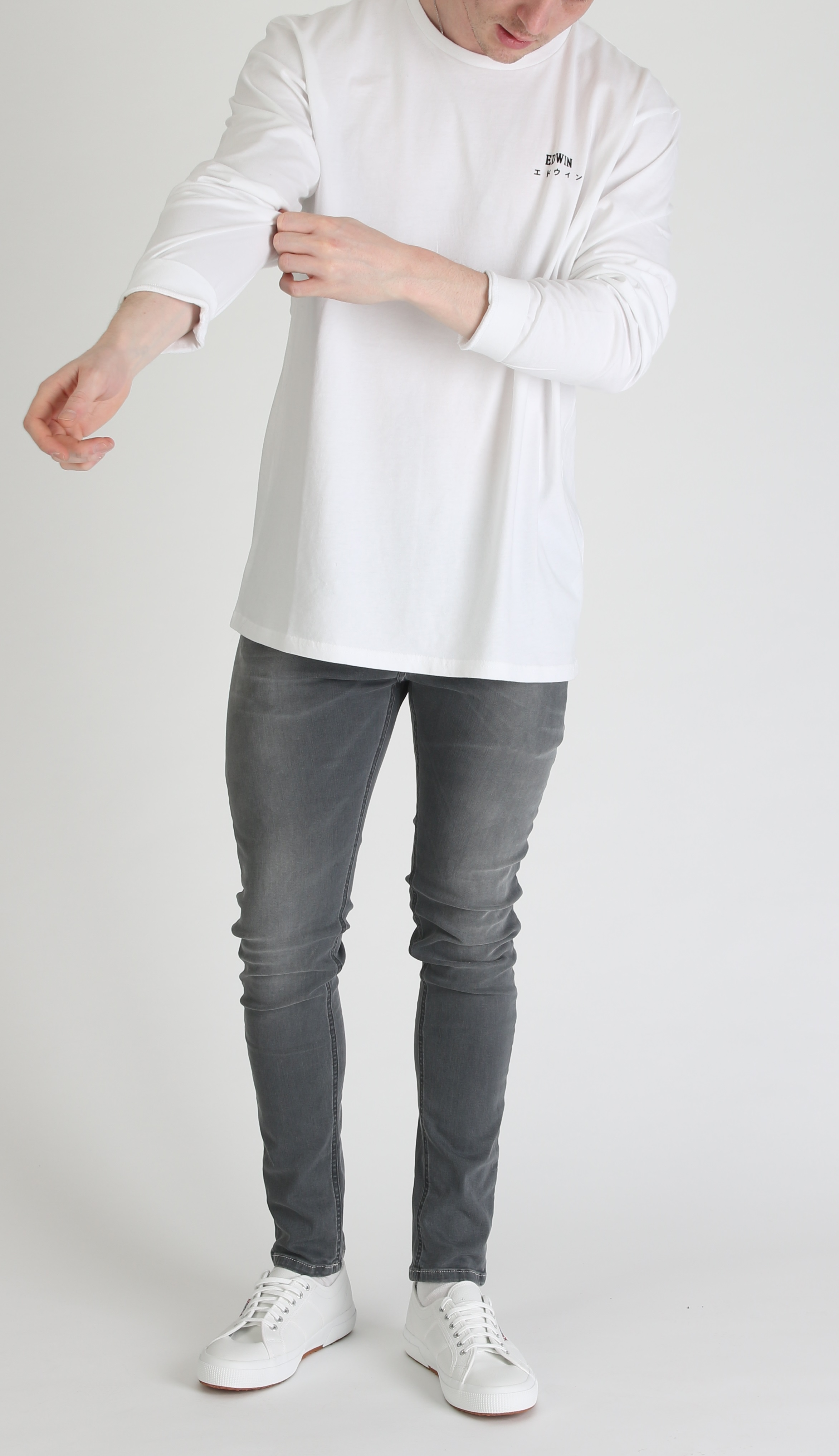 2ee74323faeb Jondrill is the new skinny fit from Replay and is perfect for those looking  to upgrade their style without sacrificing comfort. Constructed from a  cotton