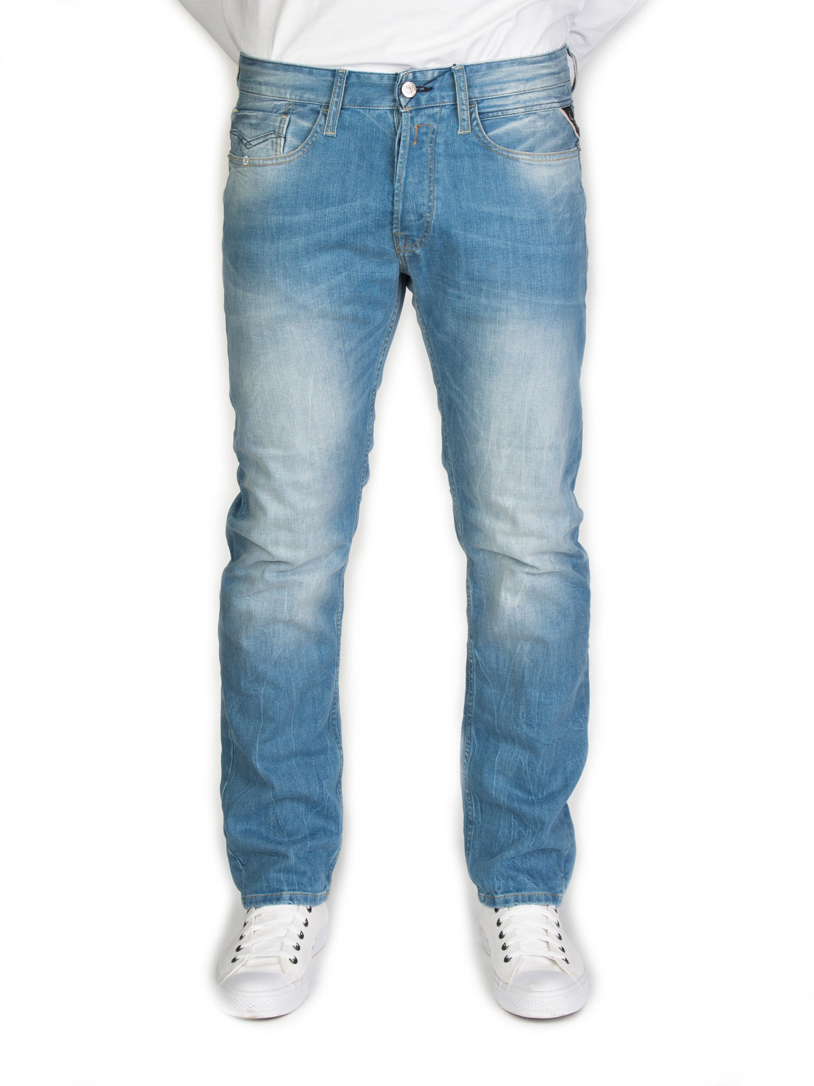 bb76df73c12a Sometimes comfort is your number one concern and the Newbill Replay Jeans  are the perfect comfort denim. With a loose fit throughout these are the  ideal ...